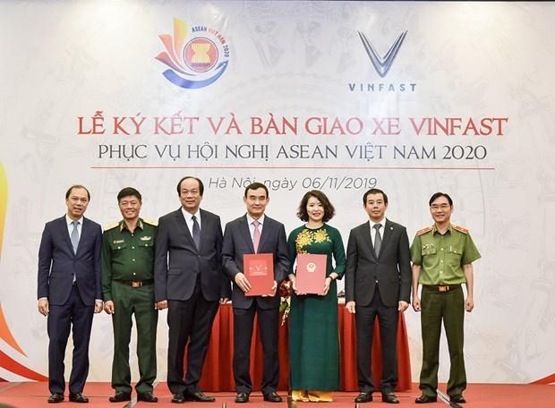 Patrocina fabricante vietnamita VinFast vehiculos para las conferencias del Ano de ASEAN 2020 hinh anh 1