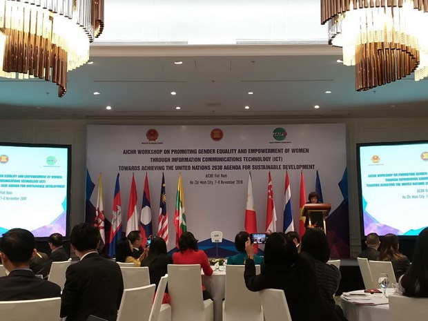 Busca la ASEAN impulsar igualdad de genero a traves de informatica hinh anh 1