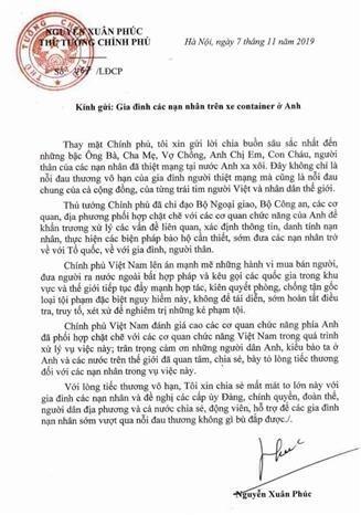 Premier vietnamita expresa condolencias a familias de victimas del camion de Essex hinh anh 1