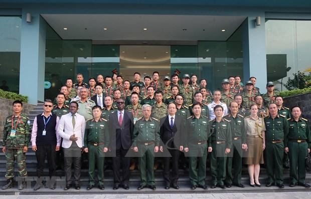 Emprende Vietnam curso de entrenamiento de infanteria pesada para misiones de paz de la ONU hinh anh 1
