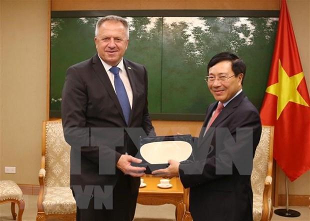 Vietnam aspira a mayores nexos con Eslovenia en comercio e inversion hinh anh 1
