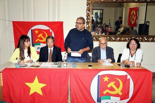 Resaltan en Italia imagen del Presidente Ho Chi Minh hinh anh 1