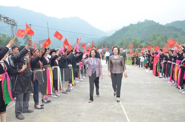 Participan dirigentes de Vietnam en festivales de unidad nacional hinh anh 1