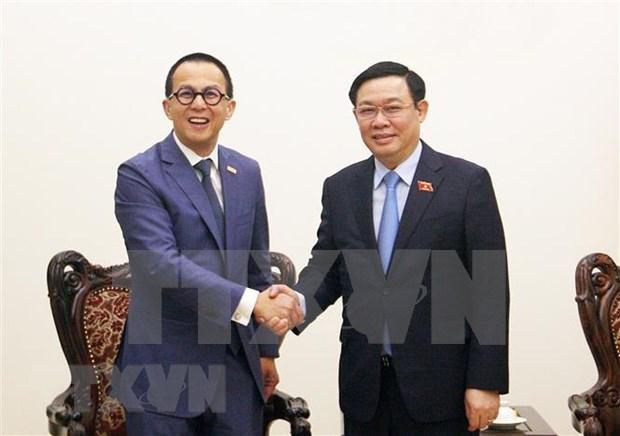 Sugiere vicepremier de Vietnam a FWD a invertir en proyectos de start-up hinh anh 1