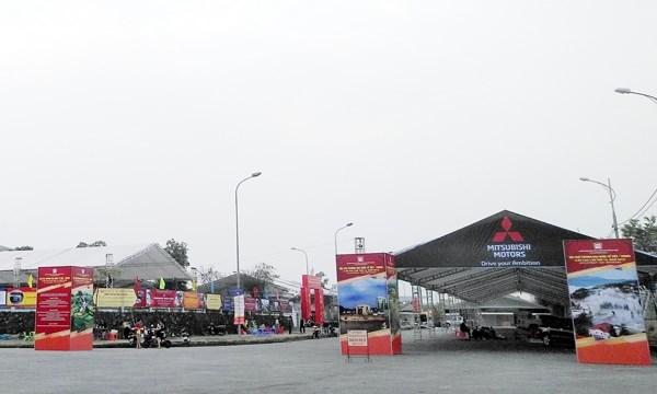 Buscan Vietnam y China promover lazos en negocios durante Feria Comercial Internacional hinh anh 1