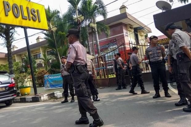 Realizan atentado suicida contra sede policial en Indonesia hinh anh 1