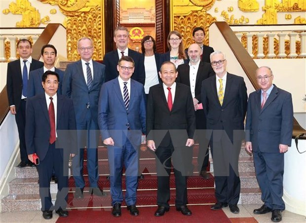 Proyectan profundizar la asociacion entre Vietnam y Alemania hinh anh 1