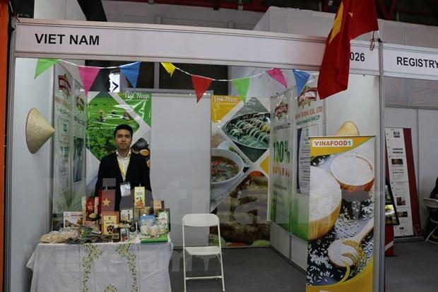 Impresionan productos vietnamitas en Feria Internacional de Alimentos en Indonesia hinh anh 1