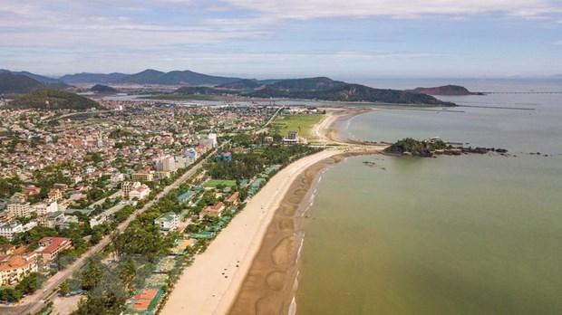 Nghe An busca aumentar lazos comerciales y turisticos con Laos hinh anh 1