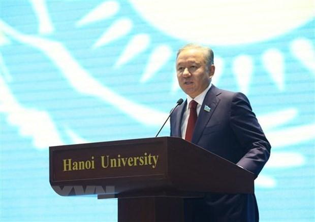Concluye Presidente de Camara Baja de Kazajstan su visita a Vietnam hinh anh 1