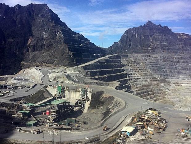 Apunta Indonesia a atraer 13 mil millones de dolares por el procesamiento de bauxita hinh anh 1