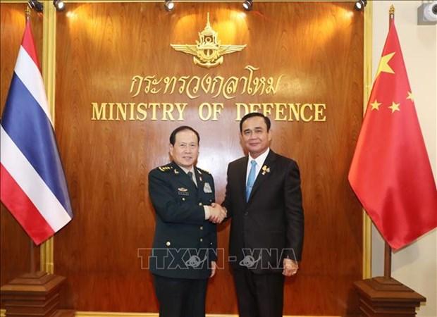 Acuerdan Tailandia y China mejorar la cooperacion militar hinh anh 1