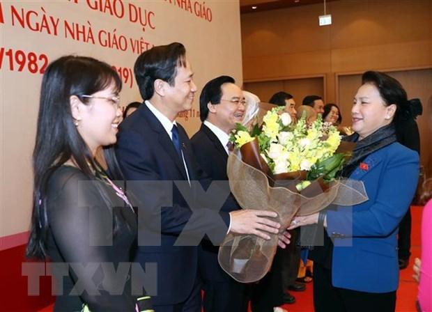 Destacan aportes de los maestros al desarrollo educativo de Vietnam hinh anh 1