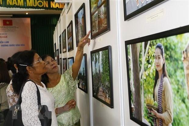 Inauguran en Vietnam exposicion sobre cultura camboyana hinh anh 1