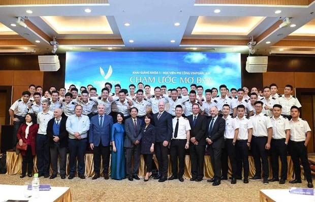 Inicia en Vietnam nuevo curso de formacion de pilotos hinh anh 1