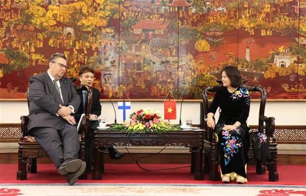 Asiste Polonia a provincia vietnamita en generacion electrica por incineracion de residuos hinh anh 1