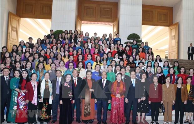 Destaca primer ministro de Vietnam importancia de la participacion femenina en el desarrollo nacional hinh anh 1