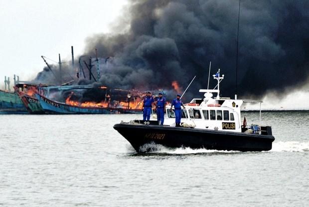 Destruira Indonesia buques pesqueros ilegales incautados hinh anh 1
