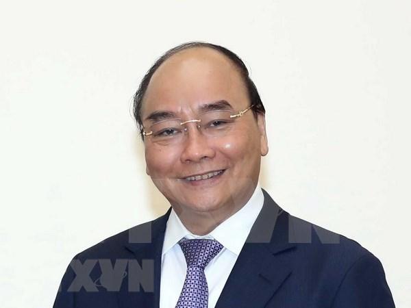 Premier vietnamita parte rumbo a Corea del Sur para una visita oficial y cumbres regionales hinh anh 1
