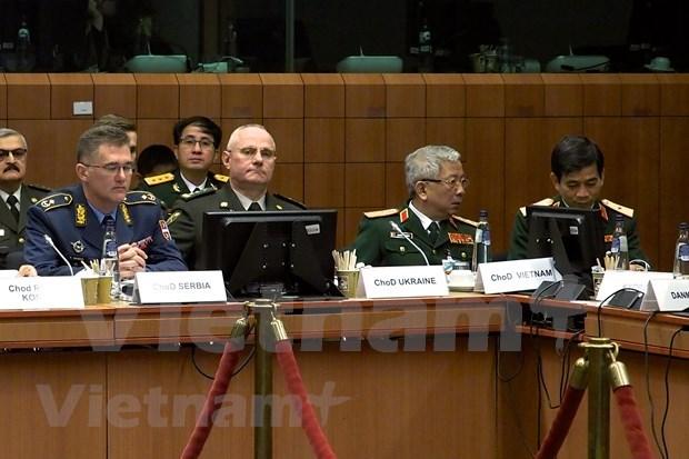 Realizan Vietnam y UE dialogo de defensa-seguridad hinh anh 1
