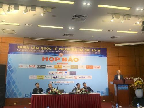 Participaran mas de 450 empresas en III Exposicion Internacional Vietbuild Hanoi 2019 hinh anh 1