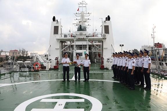 Promueven programa de intercambios entre guardacostas de Vietnam y Japon hinh anh 1