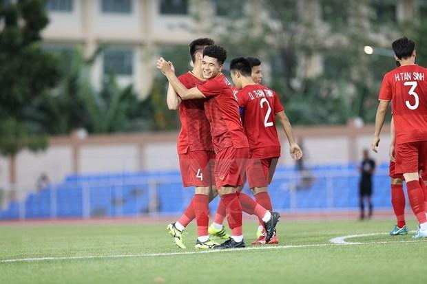 Aplasta Vietnam a Brunei en primer partido de futbol masculino de SEA Games hinh anh 1