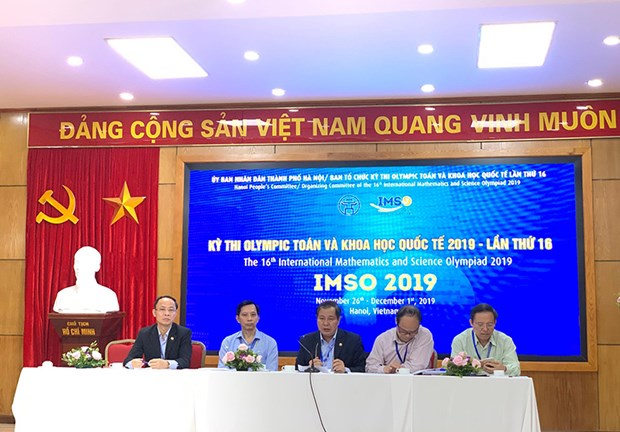 Celebran en Hanoi Olimpiada Internacional de Matematicas y Ciencias hinh anh 1