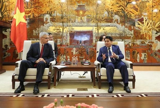 Impulsa Hanoi cooperacion de inversion con localidades francesas hinh anh 1