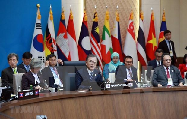 Acuerdan la ASEAN y Corea del Sur elevar intercambio comercial a 200 mil millones de dolares hinh anh 1