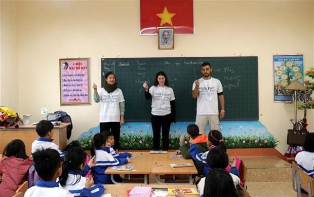 Imparten clases voluntarios israelies a ninos en provincia vietnamita hinh anh 1