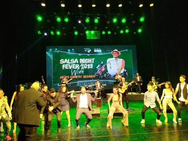 Hechiza la musica tradicional cubana al publico en Hanoi hinh anh 3