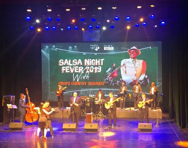 Hechiza la musica tradicional cubana al publico en Hanoi hinh anh 2