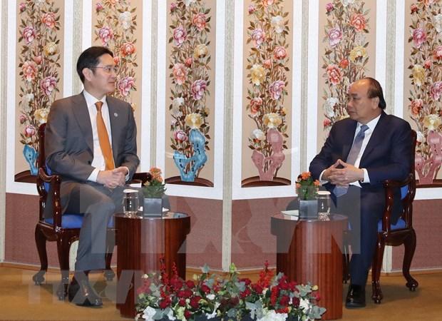 Recibe primer ministro de Vietnam a chaeboles sudcoreanos hinh anh 1