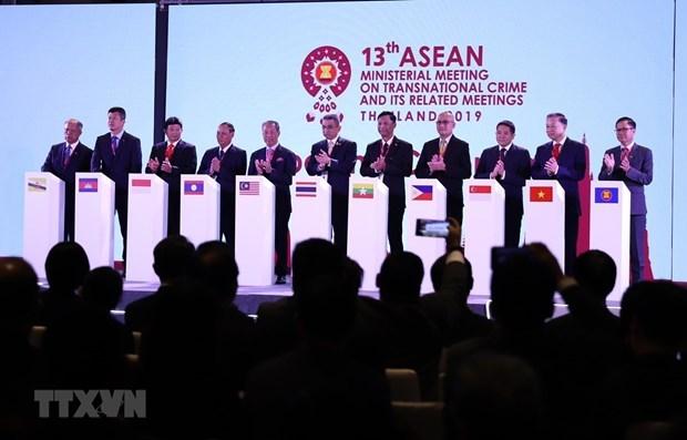 Reitera ASEAN+ 3 compromiso en lucha contra delincuencia transnacional hinh anh 1