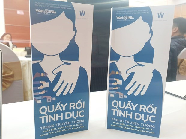 Publican en Vietnam libro de guia contra el acoso sexual hinh anh 1