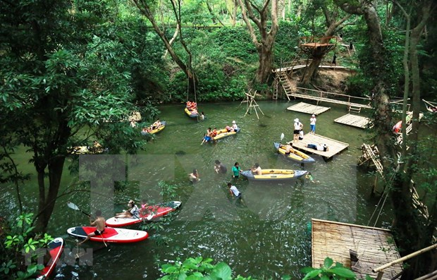 Ubica prestigiosa revista a Quang Binh entre las mejores experiencias turisticas en Vietnam hinh anh 1