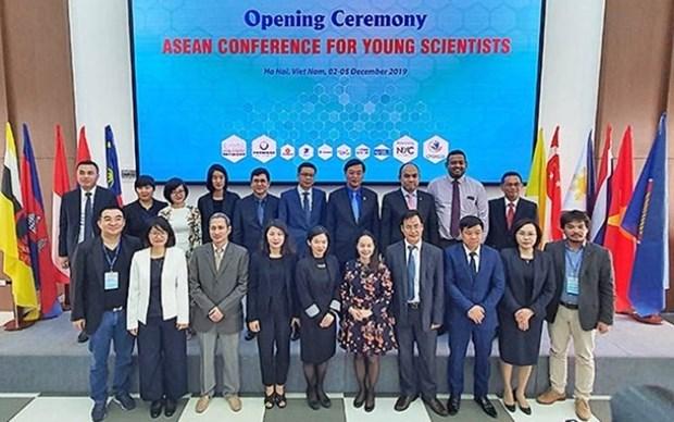 Efectuan en Vietnam Conferencia de Jovenes Cientificos de la ASEAN 2019 hinh anh 1