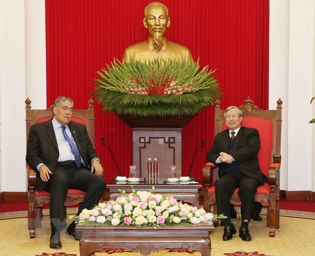 Delegacion de Movimiento Izquierda Unida de la Republica Dominicana visita Vietnam hinh anh 1
