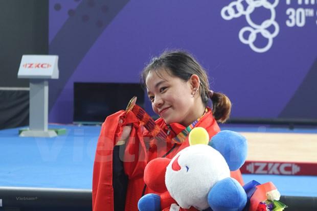 Obtiene Vietnam medallas de oro en halterofilia y esgrima en juegos deportivos sudesteasiaticos hinh anh 1