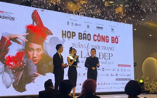 Celebraran en Hanoi Semana Internacional de la Moda de Vietnam hinh anh 1