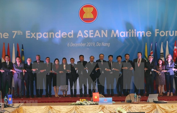 Fortalecen cooperacion maritima la ASEAN y socios internacionales hinh anh 1
