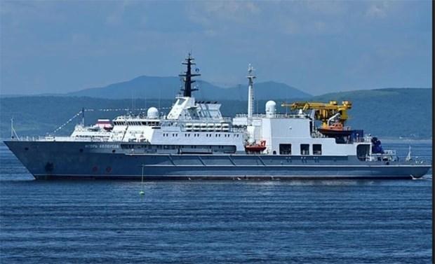 Buque de rescate de Rusia realiza visita a Vietnam hinh anh 1