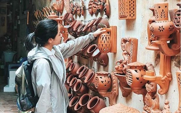 Crece la venta de productos artesanales de la provincia vietnamita de Bac Ninh hinh anh 1