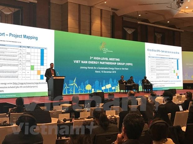 Realizan expertos recomendaciones para el desarrollo de la energia en Vietnam hinh anh 1