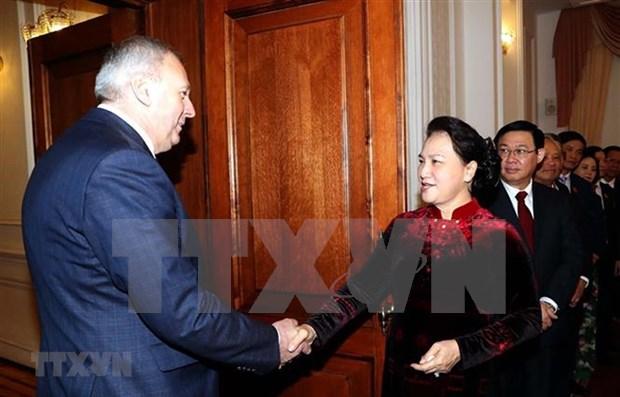 Proyectan Vietnam y Belarus elevar intercambio comercial a 500 millones de dolares hinh anh 1