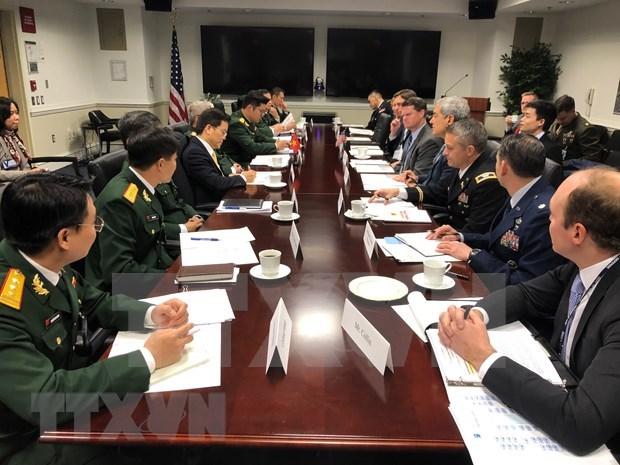 Vietnam y Estados Unidos realizan dialogo sobre politicas de defensa hinh anh 1