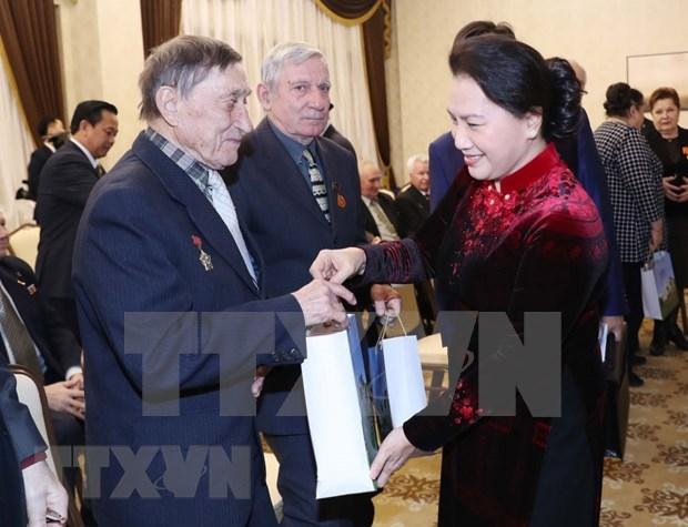 Destaca presidenta parlamentaria de Vietnam valiosa ayuda de Belarus hinh anh 1