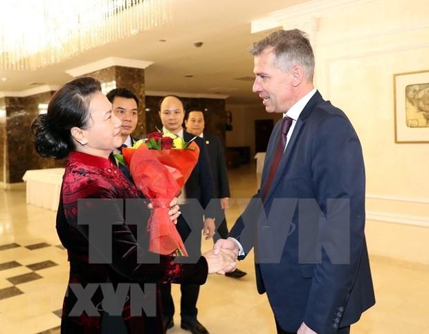 Vietnam desea intensificar colaboracion con Partido Comunista de Belarus hinh anh 1