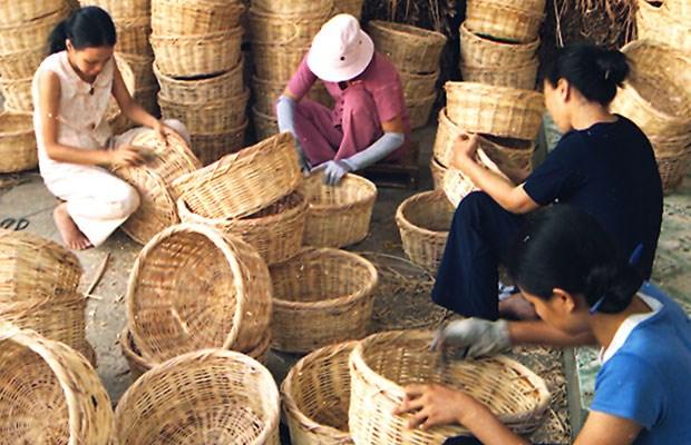 Conserva Vietnam la tejeduria de cestas tradicionales hinh anh 1